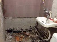 Демонтаж ванной или как вынести чугунную ванну из квартиры целиком!